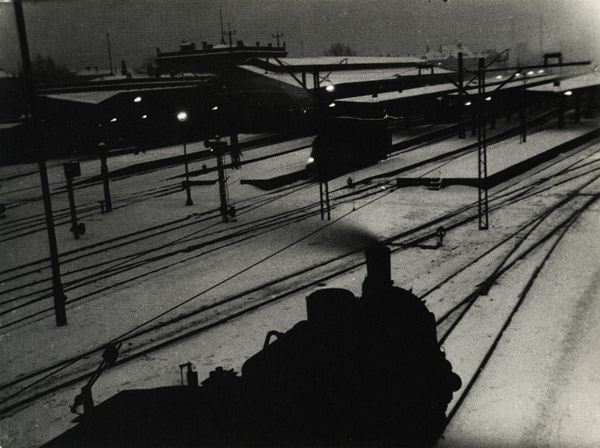 He also did some great train Lyonel Feininger Photography